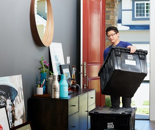 Do you tip movers from a moving company?